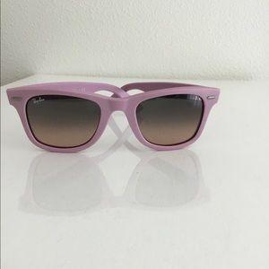 NWOB Authentic Pink Ray-Ban Wayfarer Sunglasses